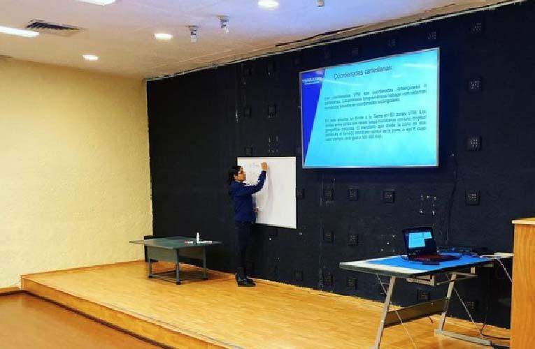 Fotos Cursos WEB_Mesa de trabajo 1 copia 5